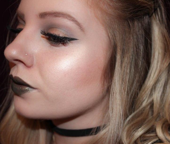Gold & Kaki – Makeup Tutorial